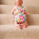 beba na stepenicama